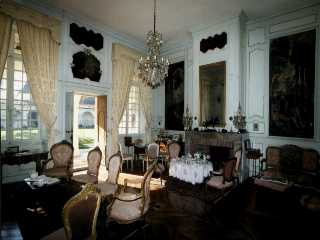 visite ch teau de gaujacq gaujacq aquitaine chateaux france. Black Bedroom Furniture Sets. Home Design Ideas