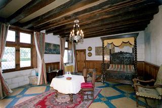 Chambres d 39 h te bed breakfast chateau de jallanges for Chambre louis 13
