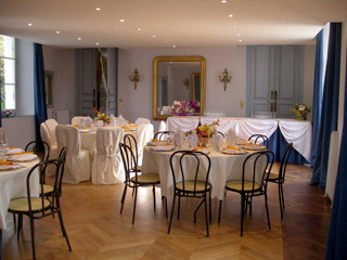 Location de salle de r ception chatelet de l 39 oiseau bleu for Salon de the chatelet